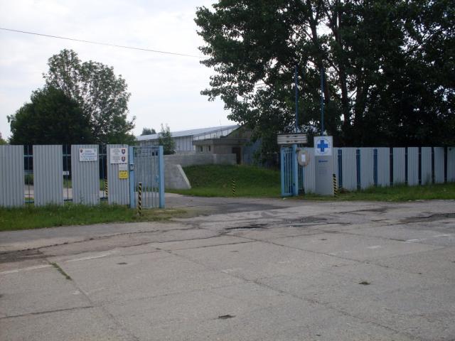 Hlavná brána areálu